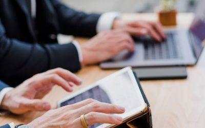 Complementos retributivos de trabajadores traspasados de una administración a una empresa pública